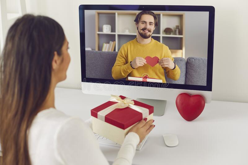 Make Your Long-distance Relationship Work with these Tips.